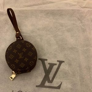Luxury Leather Airpods Purse Keychain